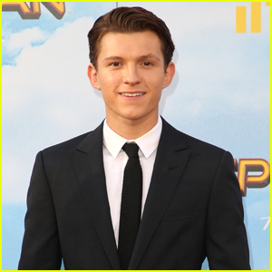 Tom Holland Threw Signed 'Spider-Man' Photos Out His Hotel Window For Fans