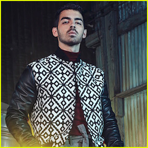 Joe Jonas & DNCE Want to Take Over the iPhone!