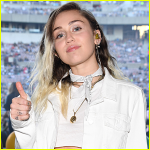 Miley Cyrus Donates $500,000 to Hurricane Harvey Relief Fund