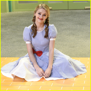 Lizzy Greene Wore Silver Slippers Instead of Red For 'Wizard of Quads' (Exclusive)