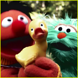 Sesame Street's 'Despacito' Parody is Everything You Need Right Now (Video)