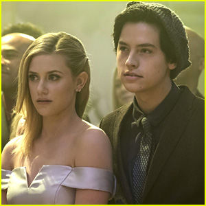 Lili Reinhart & Cole Sprouse Tease The Future of Bughead in 'Riverdale' Season 2