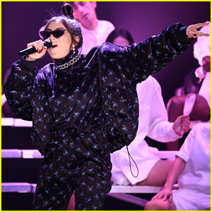 Charli XCX Teams Up With Tons of Boys for 'Fallon' Performance - Watch Now!