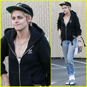 Kristen Stewart Enjoys a Day Off in Los Feliz