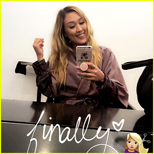 LaurDIY is No Longer a Blonde! - (Video)