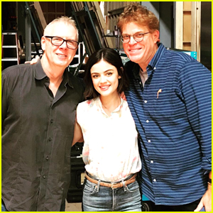 Lucy Hale Reunites With Former 'PLL' Directors on 'Life Sentence' Set