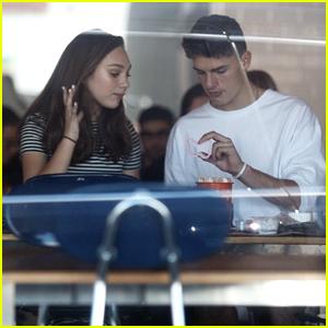 Maddie Ziegler & Boyfriend Jack Kelly Make A Cake Together