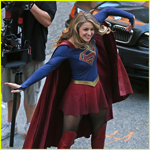 Melissa Benoist Breaks Out Into a Silly Dance on 'Supergirl' Set