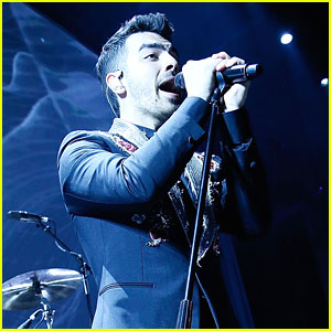 Joe Jonas & DNCE Hit Up Human Rights Campaign National Dinner