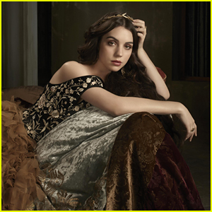 Adelaide Kane Reveals The One Thing She Still Wears From 'Reign'