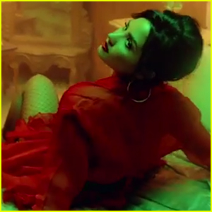 Demi Lovato Hits the Dance Floor With Luis Fonsi in 'Echame La Culpa' Music Video Teaser