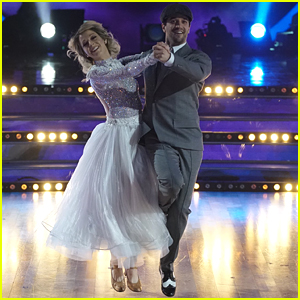 Lindsey Stirling & Mark Ballas Redemption Quickstep 'DWTS' Season 25 Finale (Video)
