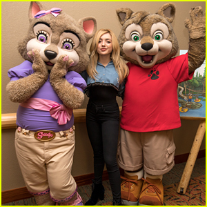 Peyton List Reads Night Time Story at Great Wolf Lodge Southern California