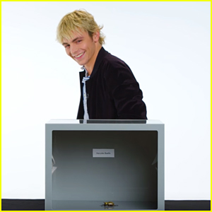 Ross Lynch Freaks Out Over Touching Bugs In Vanity Fair's Fear Box (Video)