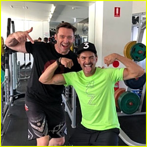 Zac Efron Bares His Muscular Arms During Workout!