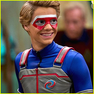 Jace Norman Puts On One Last 'Henry Danger' Mask Before Winter Hiatus