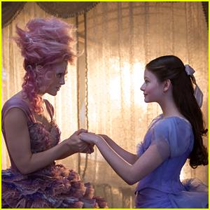 Mackenzie Foy Stars in 'The Nutcracker & The Four Realms' Trailer - Watch!