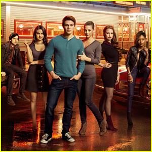 'Riverdale' Will Go Back To Basics For Season 2B