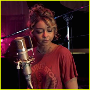 Sarah Hyland Releases Acoustic 'Know U Anymore' Video With BoTalks - Watch!