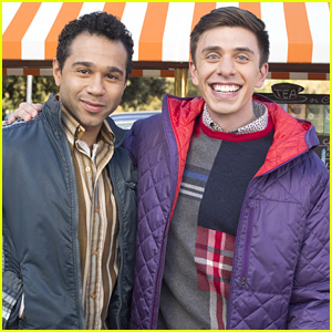 Corbin Bleu Guest Stars on The Middle' As Guy of Brad's Dreams