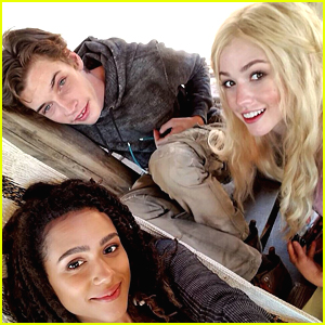 "Katherine McNamara Reunites The ""B"" Team From 'Maze Runner' For Cute Pic"