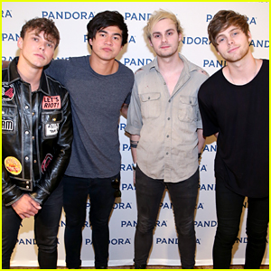 5 seconds of summer guys reunite to work on new music 5 seconds 5 seconds of summer open up about finding a brand new sound m4hsunfo Images