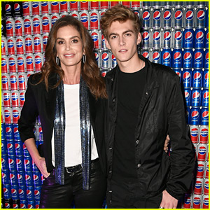 Presley Gerber & Mom Cindy Crawford Celebrate Pepsi Generations