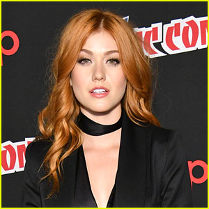 Katherine McNamara Jokes Clary Finally Got Put In Timeout On 'Shadowhunters'