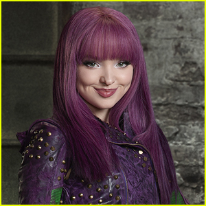 Dove Cameron Details Her Insane Workout For 'Descendants 3'