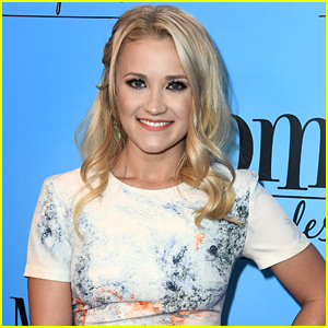 Emily Osment Says Goodbye To 'Young & Hungry' With Sweet Instagram Note
