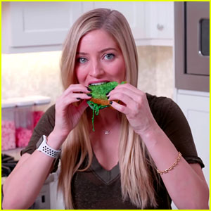 iJustine Makes Green Grilled Cheese Sandwiches for Saint Patrick's Day (Video)