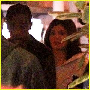 Kylie Jenner Eats at Chicken & Waffles Restaurant with Travis Scott