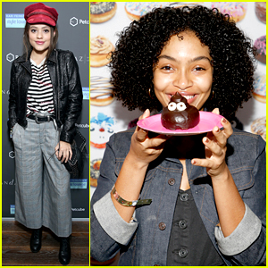 Yara Shahidi & Sarah Jeffery Indulge in Cool Swag at Pre-Oscars Style Lounge