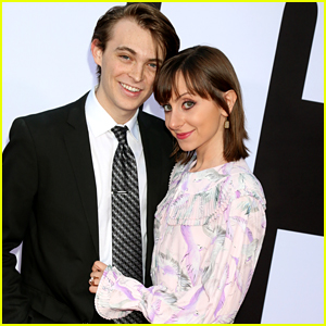 Dylan Riley Snyder & Allisyn Ashley Arm Couple Up For 'Blockers' Premiere Date Night