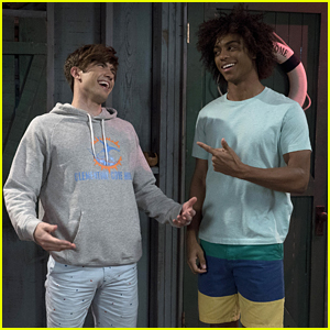 Carter Jenkins & Keith Powers Are The Spitting Images of HSM's Troy & Chad on 'Famous in Love' Tonight