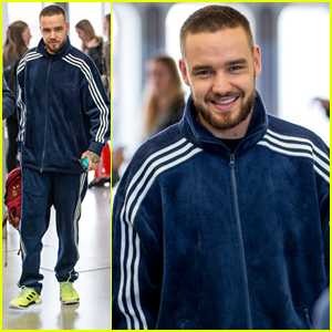Liam Payne Snaps Pics With Fans While Arriving in Germany