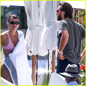 Sofia Richie & Scott Disick Enjoy Mexico Vacation By the Pool