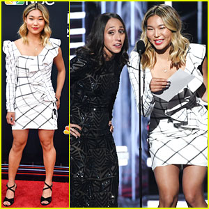 Chloe Kim Presents Award to Taylor Swift at Billboard Music Awards 2018