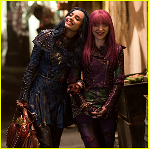 Dove Cameron and Sofia Carson React To 'Descendants 2' Soundtrack Going Gold