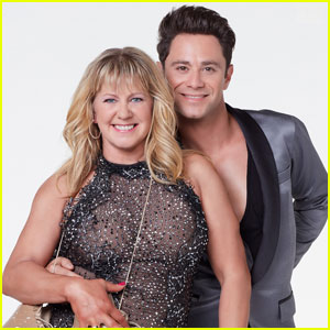 Sasha Farber Gushes Over 'DWTS' Partner Tonya Harding Ahead of Finale