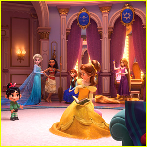Vanellope Meets All The Disney Princesses in First Pic From 'Wreck-It Ralph 2'!