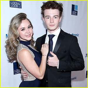 Brec Bassinger & Dylan Summerall Took A Balloon Ride For Their 1 Year Anniversary!