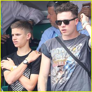 Brooklyn Beckham & Brother Romeo Catch the French Open Final!