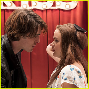 Joey King Wants A 'Kissing Booth' Sequel As Much As You Do