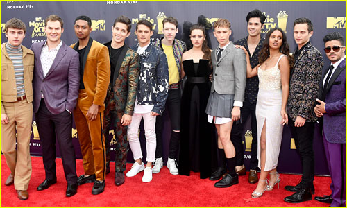 Katherine Langford Joins '13RW' Cast at MTV Awards Once Last Time!