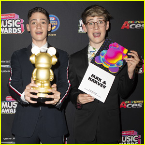 Max & Harvey Give Massive Shout Out to Fans After Winning at RDMAs 2018