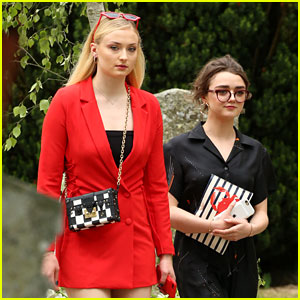 Game of Thrones' Sophie Turner & Maisie Williams Reunite at Co-Stars' Wedding!