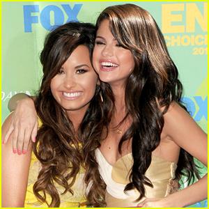 Demi Lovato Gets Love & Support From Selena Gomez's Mom