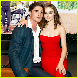 The Kissing Booth's Joey King Reflects on Real-Life Romance With Jacob Elordi Translating to the Screen