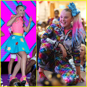 Jojo Siwa Hangs Out With A Horse Inside Her House Amp It S